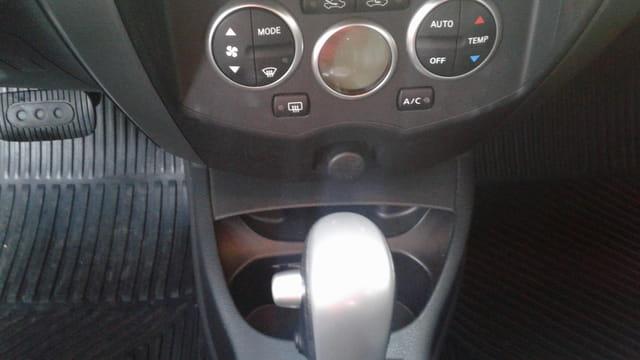 nissan livina 1.8 16v flex 4p aut 2013