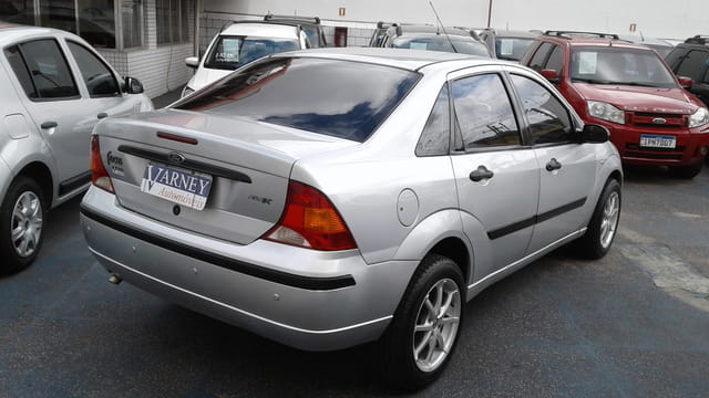 ford focus sedan flex glx 1.6 8v 4p 2008