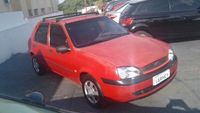 ford fiesta gl class 1.0 4p 2001
