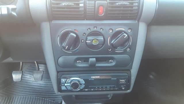 chevrolet classic sedan life 1.0 8v 4p